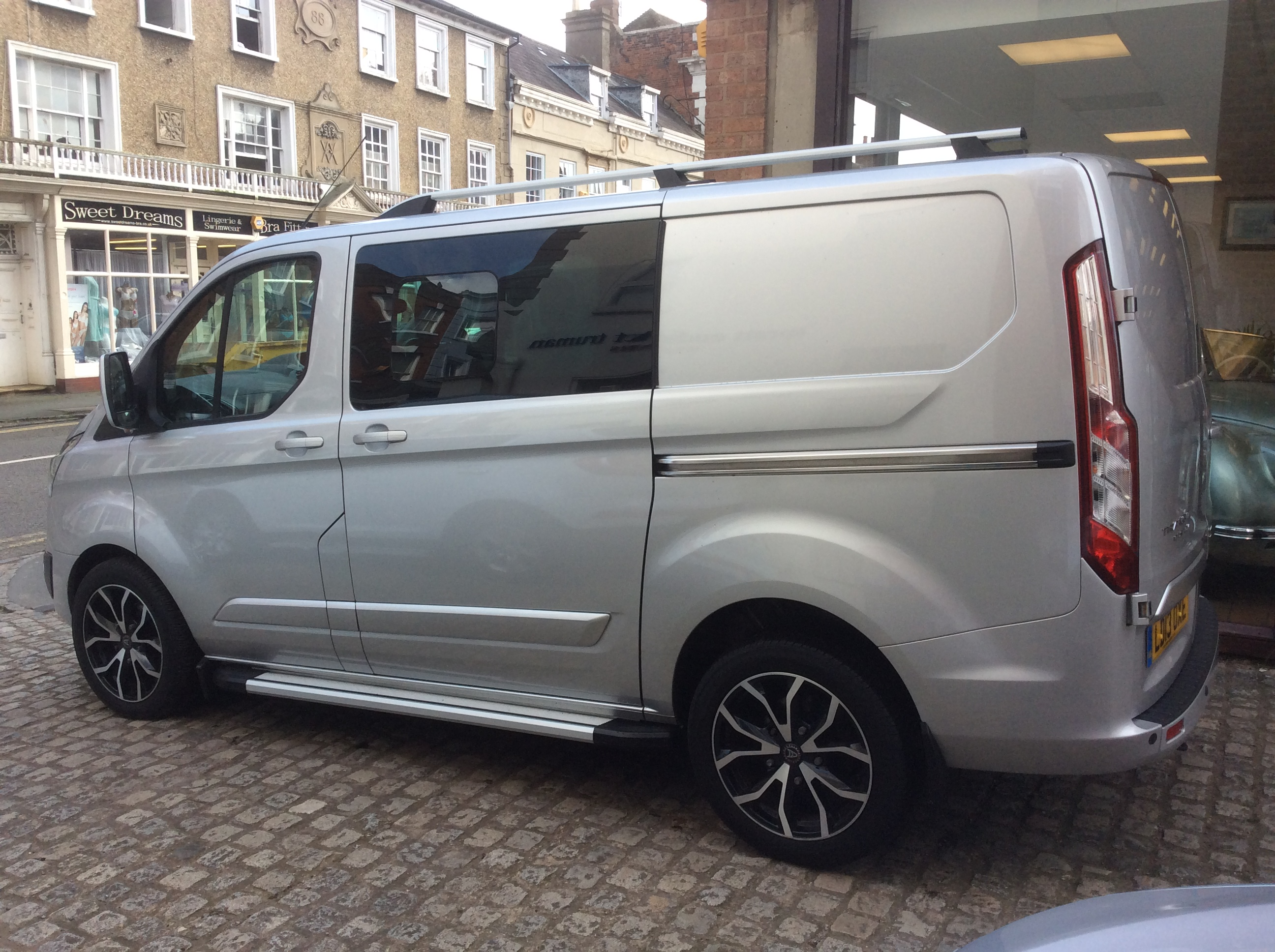 Ford Transit Custom L1 Limited Crew Van No Vat