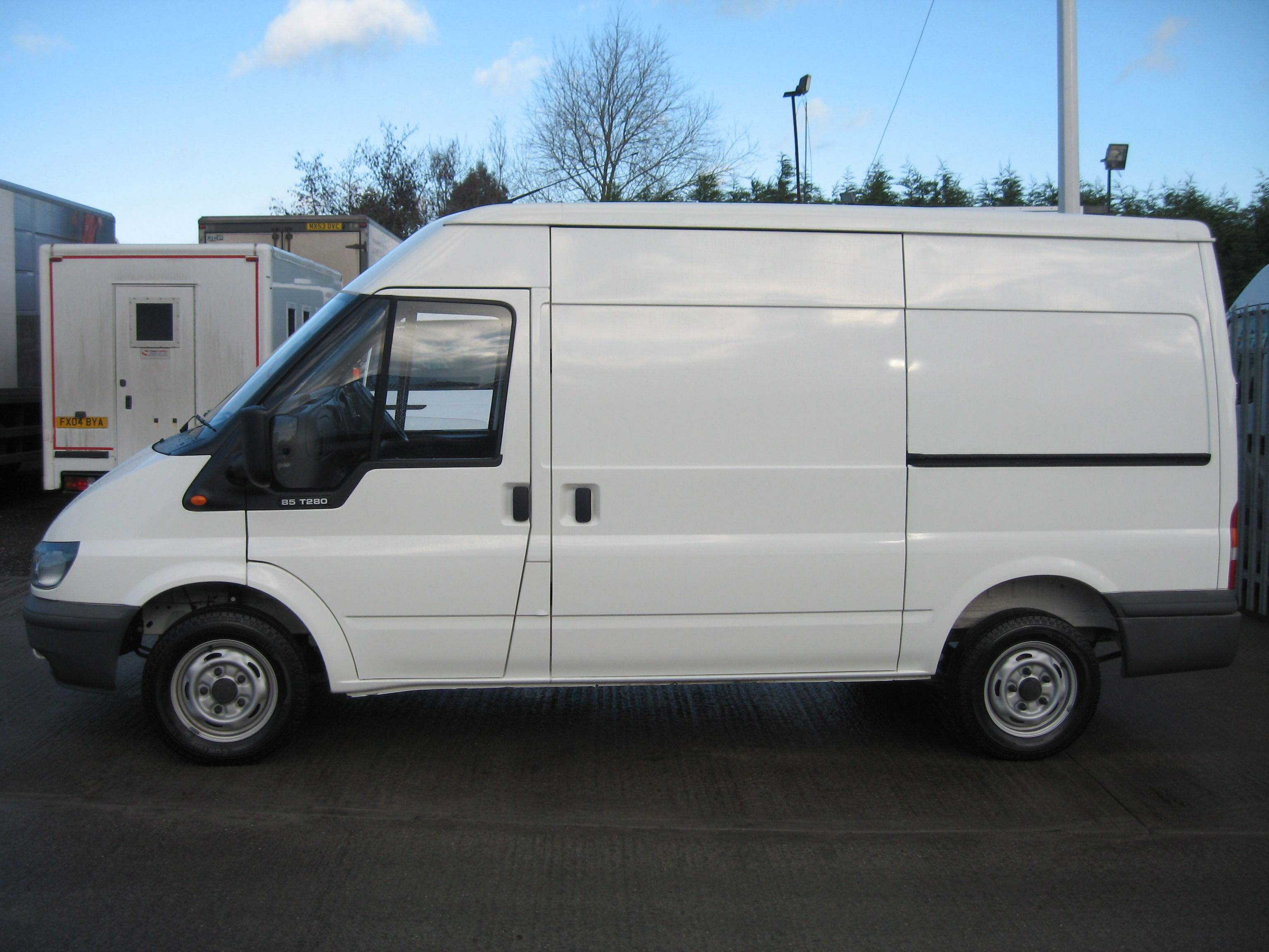 Ford Transit Lease Ford Transit 280 MWB Medium Roof 85ps